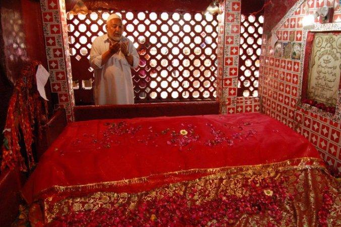 Sufi Sarmad Tomb1